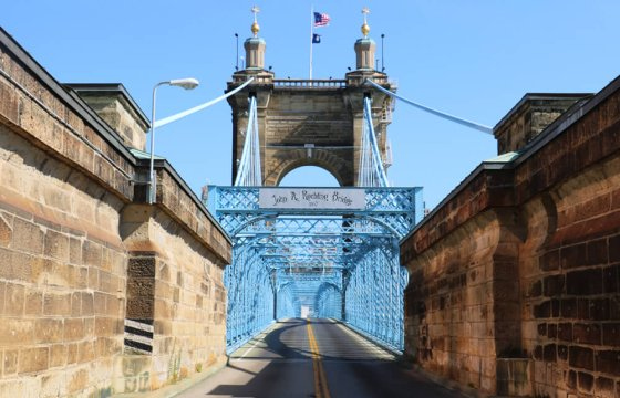 アメリカ シンシナティ ジョン・A・ローブリング橋